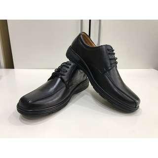 🚚 全新黑皮鞋(43號)