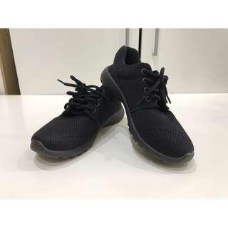 🚚 黑布鞋(24號)