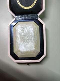 Too faced diamond highlighter powder 鑽石打亮
