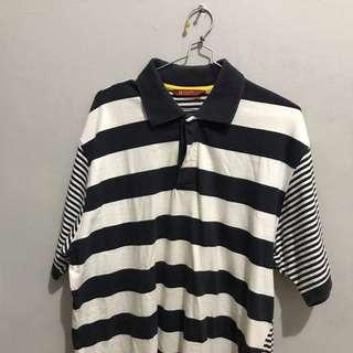 Polo shirt kaos garis garis