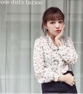 🚚 韓國代購購入花花雪紡襯衫