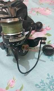 Reel Maguro Strom 2000 + Benang PE 1,5 Daiwa Jbraid Ijo lumut