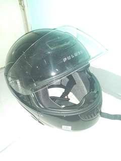 🚚 全罩式安全帽 男生黑色 重機