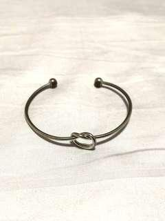 Minimalist Knotted Silver Bangle Bracelet