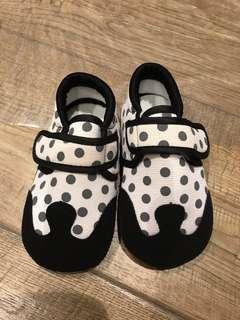 🚚 兒童室內鞋(學步鞋)