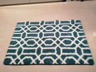 🚚 Carpet