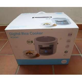 707 DIGITAL RICE COOKER RCD061 / BPA Free / 0.6 Litres (NEW)