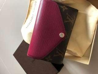 Lv wallet 90% new 100% Authentic