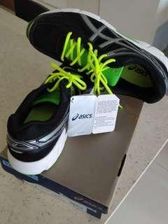 BNIB Asics Patriot 7 Running shoes Onyx Silver Black Lime green