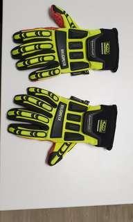Roughneck Safety Glove