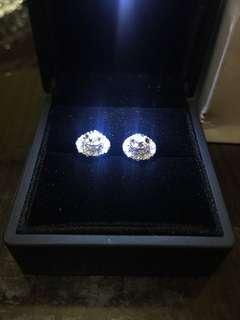 Diamond .60 whitel gold 14 k onhand