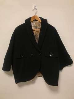 🚚 披肩式外套