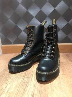 dr martens smooth leather boots