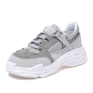 Sport Shoes (Classic Swift Trainers)