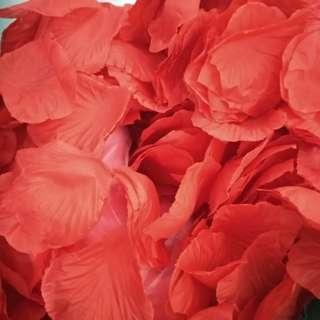 Fake flower petals - Giveaway