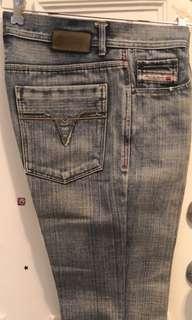 Diesel 牛仔褲