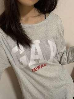 🚚 GAP 大logo薄長T上衣