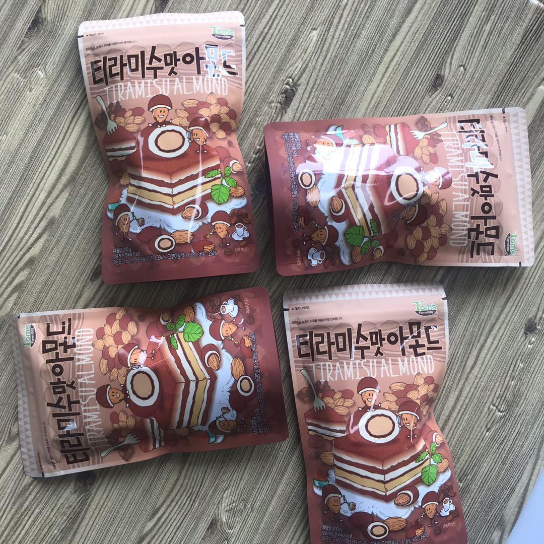 韓國 Tom's Farm Tiramisu 杏仁 200g / 曲奇奶油杏仁 190g