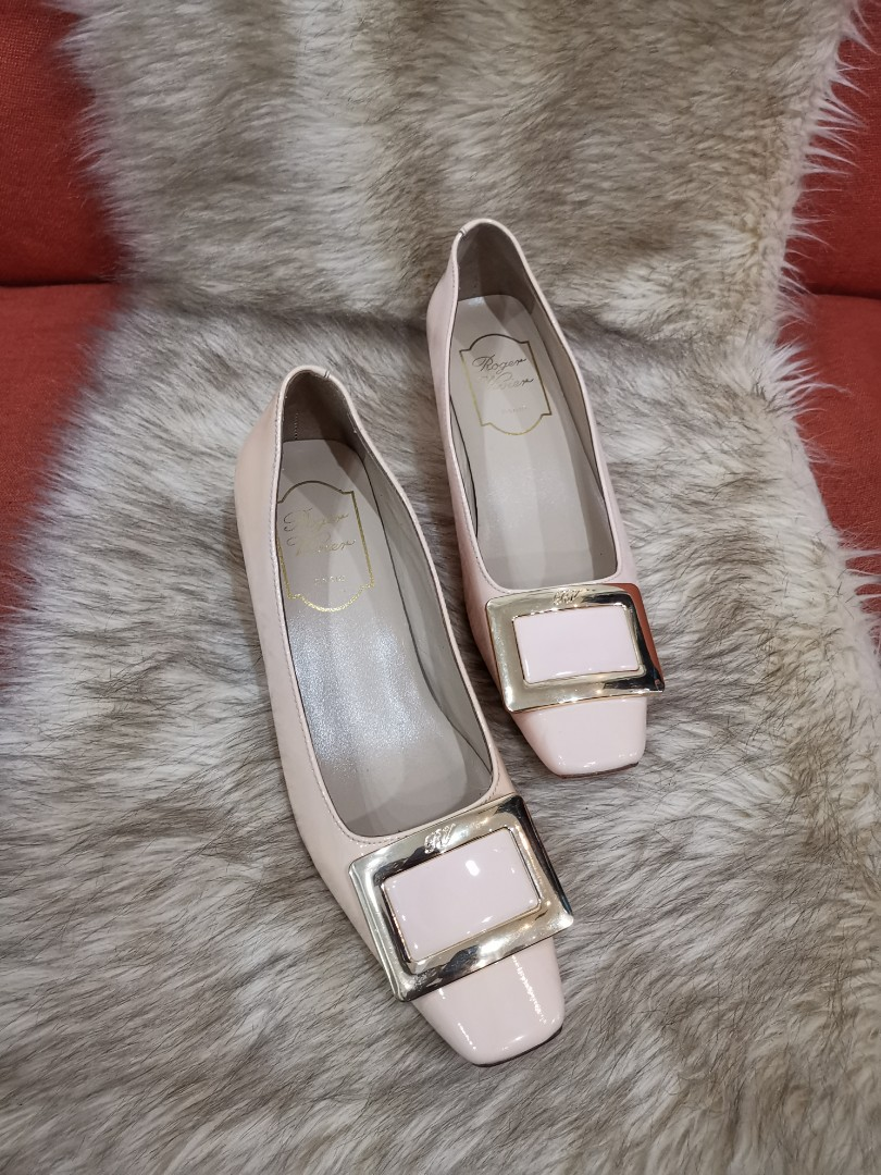 103688fe715 Authentic Roger Vivier In Nude Patent Leather Chunky Heel Pumps Size ...