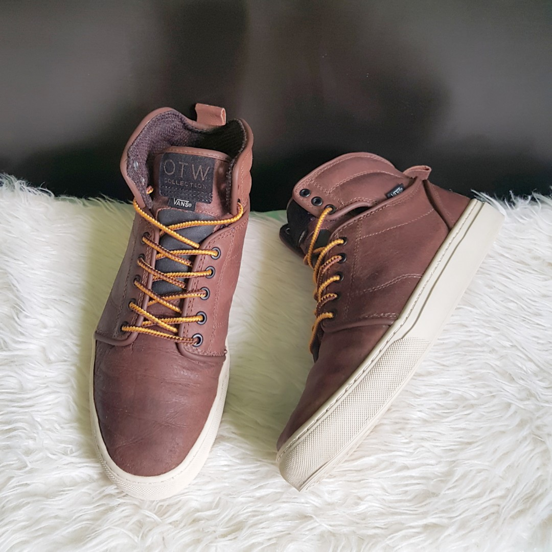 5473bc53d3 Authentic Vans OTW alomar