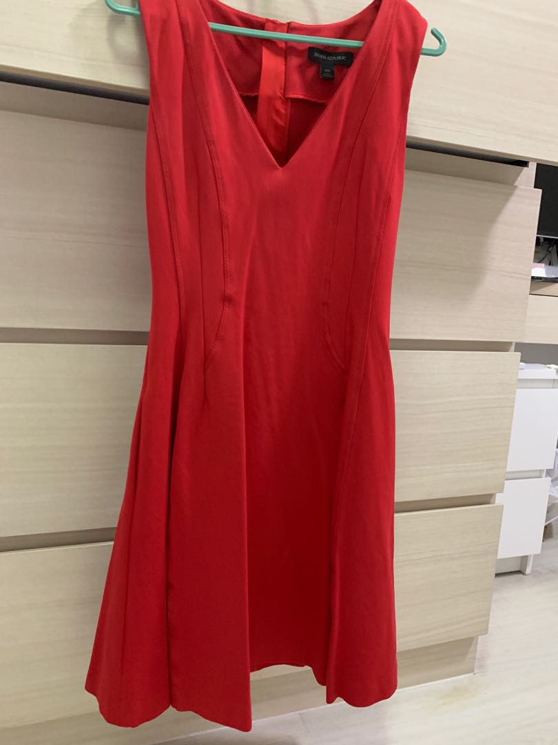 6306c4bf2128d Banana republic red flair dress