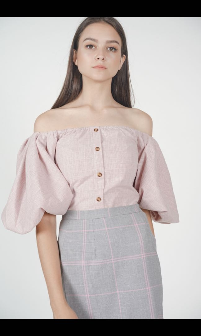 a00be2b45a3a06 MDS Puffy Sleeves Off Shoulder Top in Pink