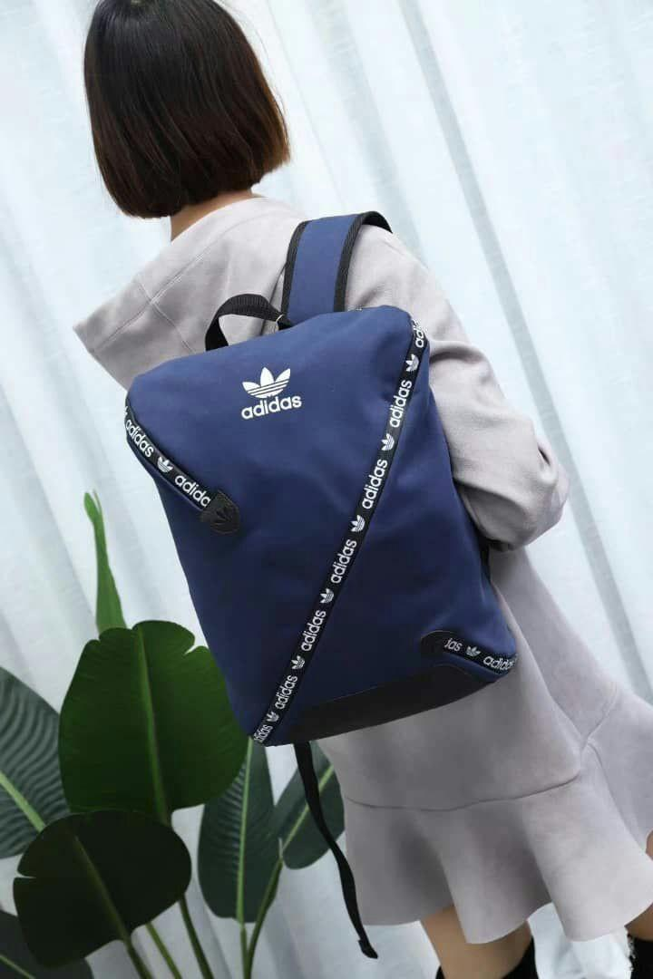 New Arrival ⚘⚘⚘⚘  Adidas Backpack Latest Design Super Hot  Size 40 x 28 x 10 cm Code : 2053 D01#  Grade 5A  Material : High Grade PU