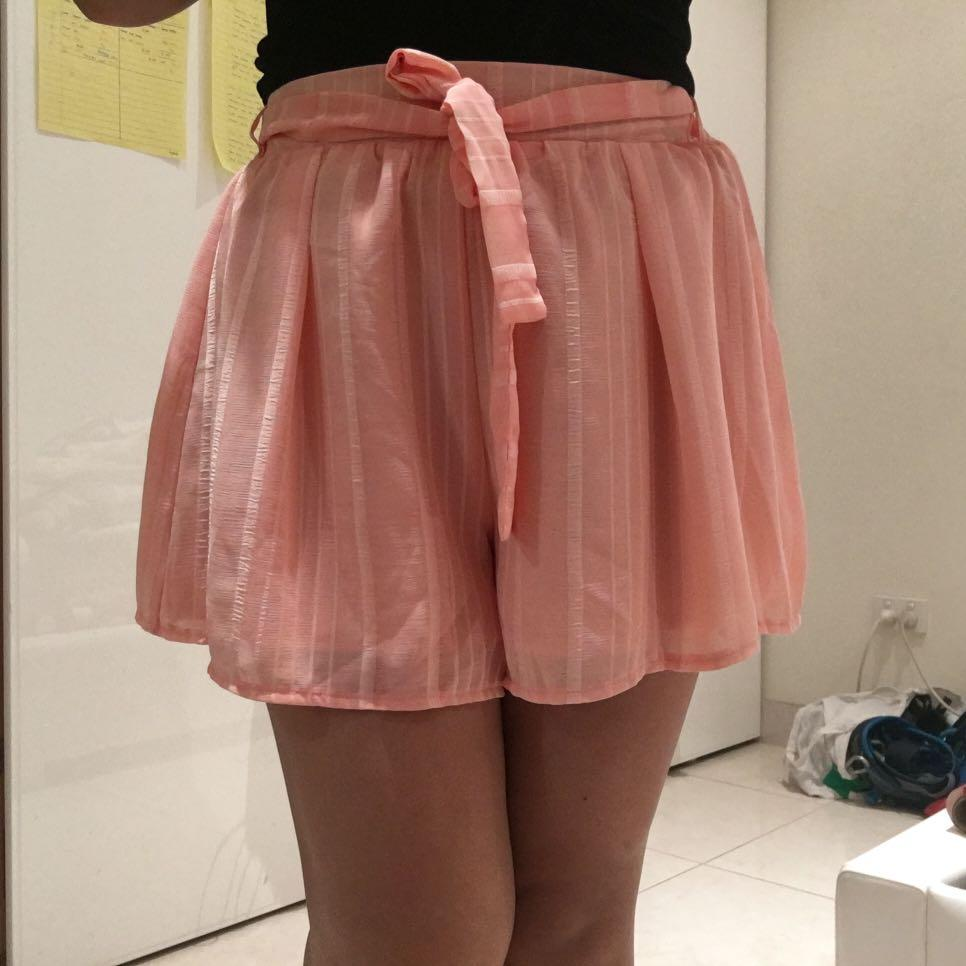 Peach flowy shorts