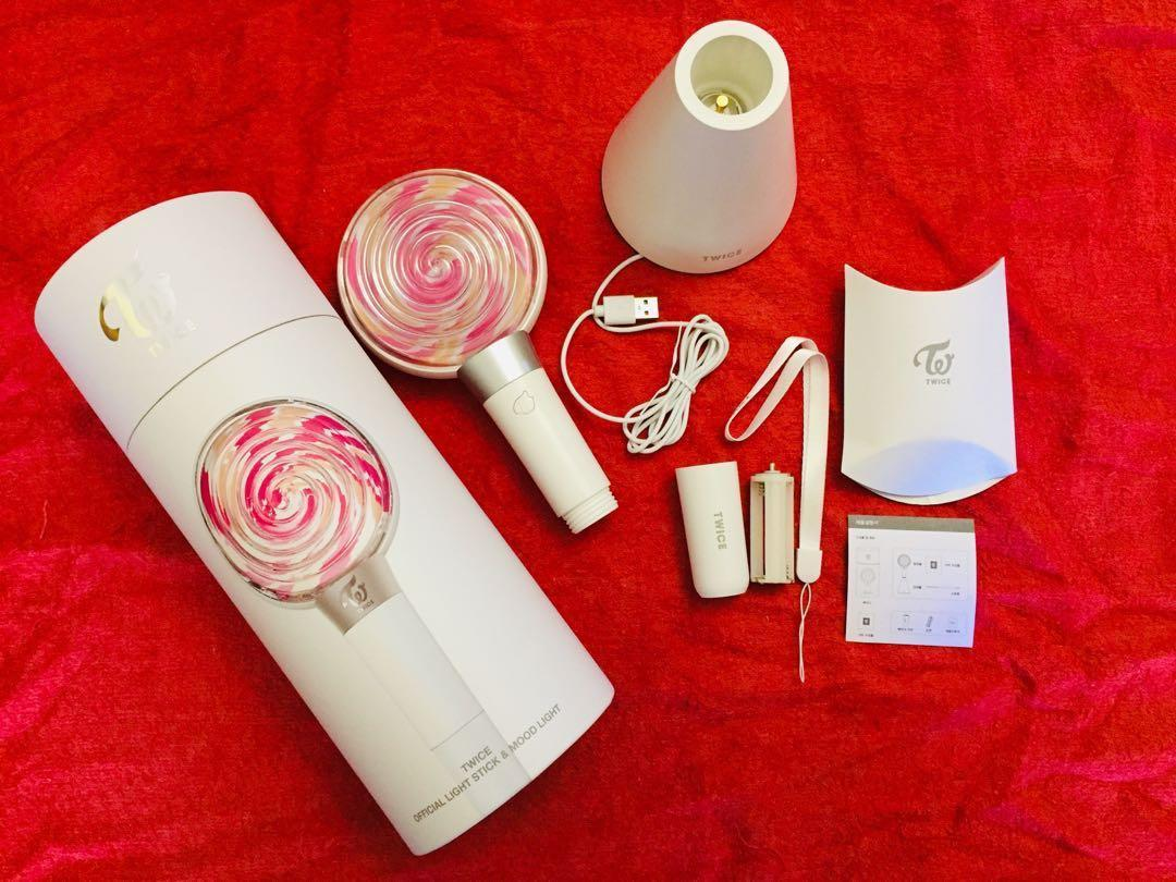 [READY STOCK] TWICE OFFICIAL CANDY BONG LIGHTSTICK