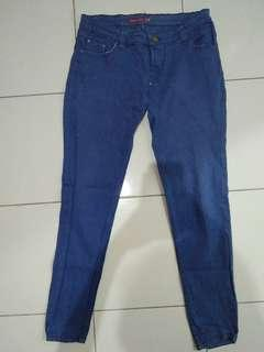 Celana Jeans / Denim