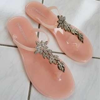 Fashion Nova Jelly Sandals
