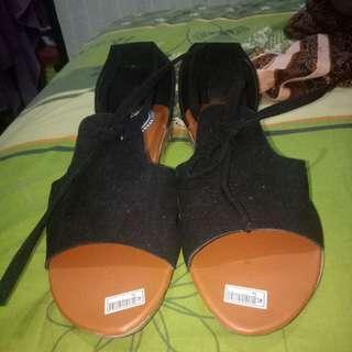 Sepatu sandal korea hitam