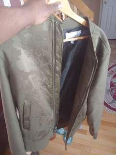 Never worn jacket by Guess(Large)