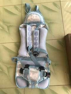 Sale carseat portable new with defect