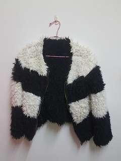 🚚 【2手出清】兩面穿短版熊貓款式、泰迪毛毛  毛外套