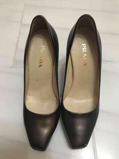 preloved/Authentic Prada shoes