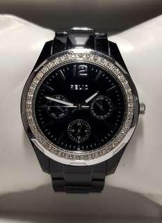 Authentic Relic Watch by Fossil in black and diamond