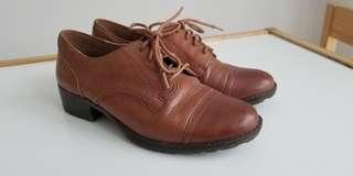 Tan leather penny loafers - practically new!