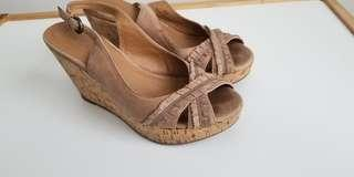 Cute wedged leather sandals
