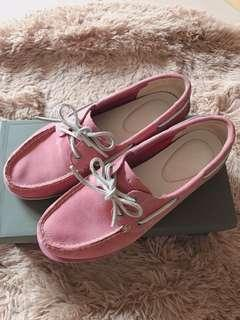 Timberland 粉色皮革帆船鞋
