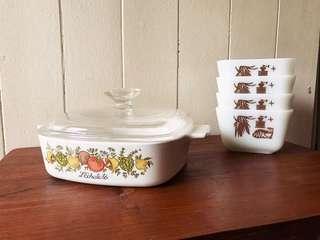 Vintage Pyrex Ware