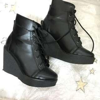 🚚 SLY 綁帶短靴