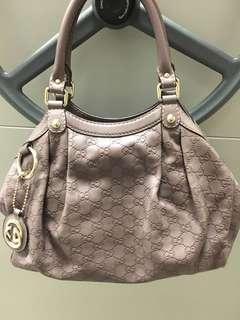 Gucci Sukey medium full leather bag
