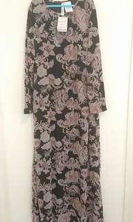 Floral Maxi Dress Size 14-18 AU