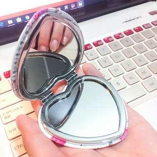 🚚 日本正品購入!Cocoonist 心型化妝鏡 隨身鏡