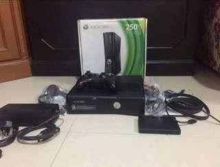 Xbox 360 plus external Hardisk 1tb