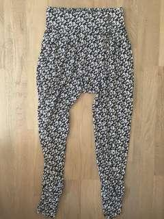 High waisted balloon pants size 6 excellent condition