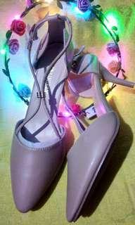 Nicely Heels