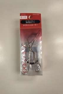 NEW! Shiseido eyelash curler 資生堂睫毛夾