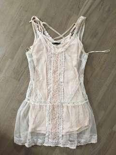 Size 8 lace dress with cami dress underneath excellent condition
